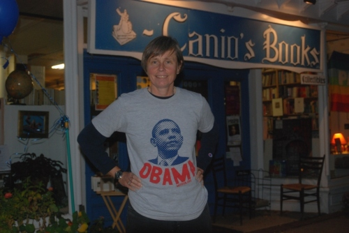 kat-in-obama-shirt-3