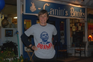 kat-in-obama-shirt-32