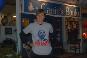 kat-in-obama-shirt-32